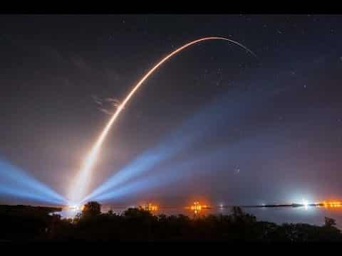 Ракетите летят по параболична траектория отвеждаща ги към сблъсък с повърхността - Плоската Земя - СТАМАТ