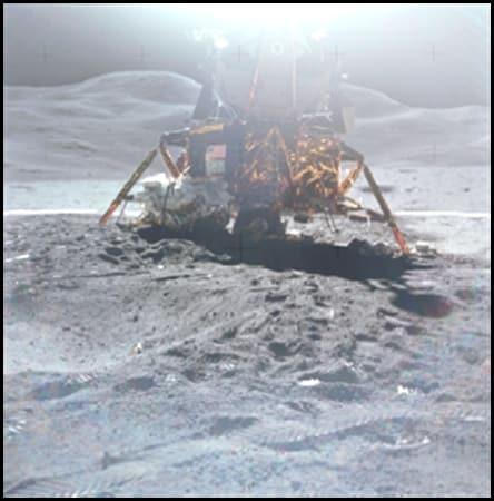 Как Стенли Кубрик фалшифицирал прилуняванията на Аполо – Джей Уайднър - 22 – Плоската Земя - СТАМАТ